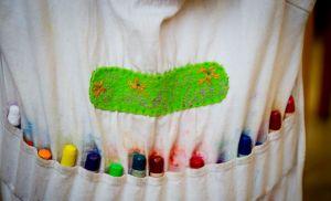 tablier-enfant-crayon-cire-abeille-eau-vive